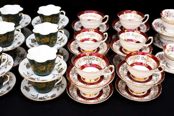 teacups at wedding reception