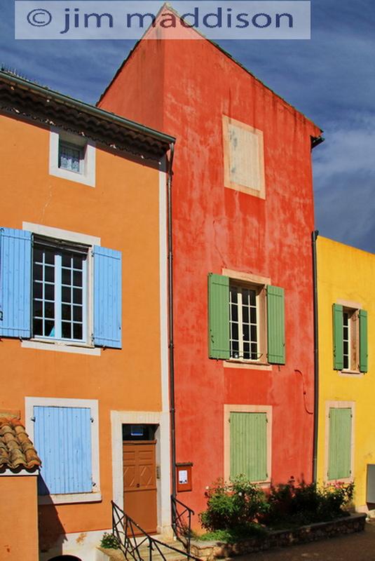 Jim maddison photographs coloured houses for Jim s dog house